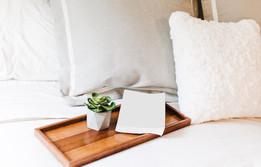 bed-bedroom-bedsheet-2387753.jpg