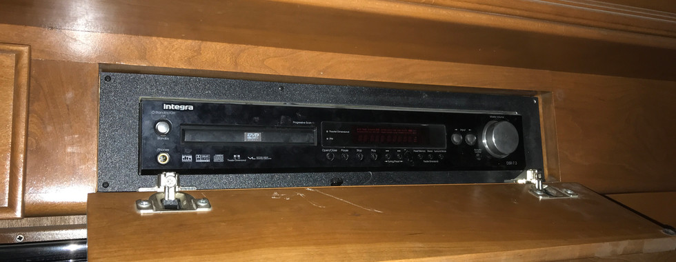RV-AV4.JPG