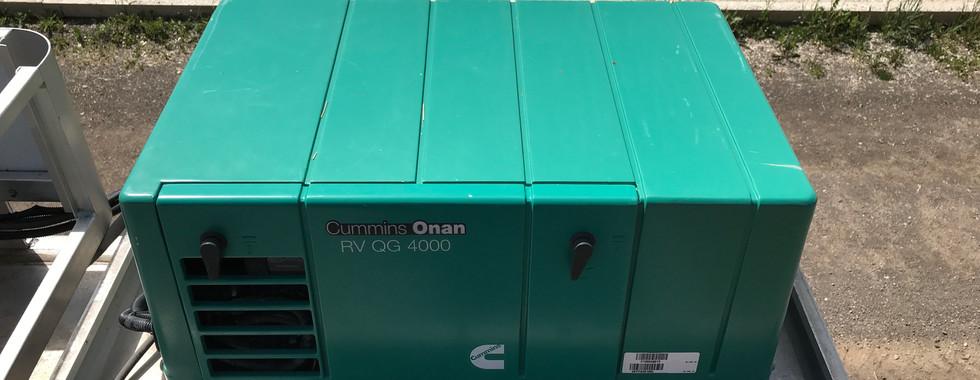 Cummins Onan RVQG4000_3.JPG