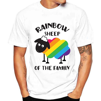 Rainbow sheep of the familie T-shirt