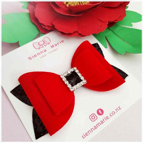 Santa's belt bow