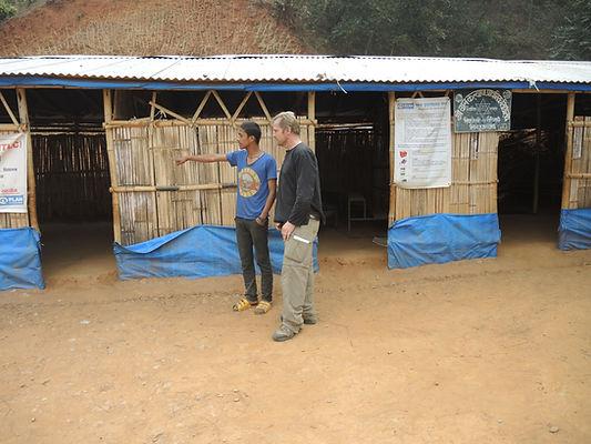 Sipapokhare temporary school.JPG