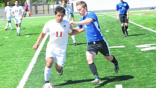 thumbnail_4-27 thompson soccer