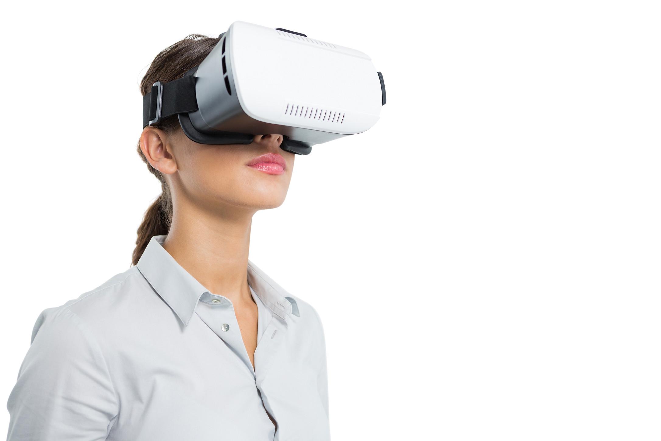 VR_Woman.jpg