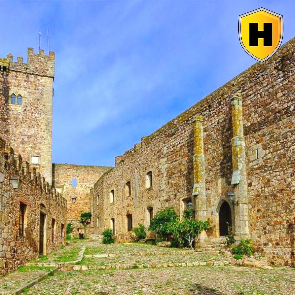 Turismo Cáceres: Castillo de Luna de Albuquerque