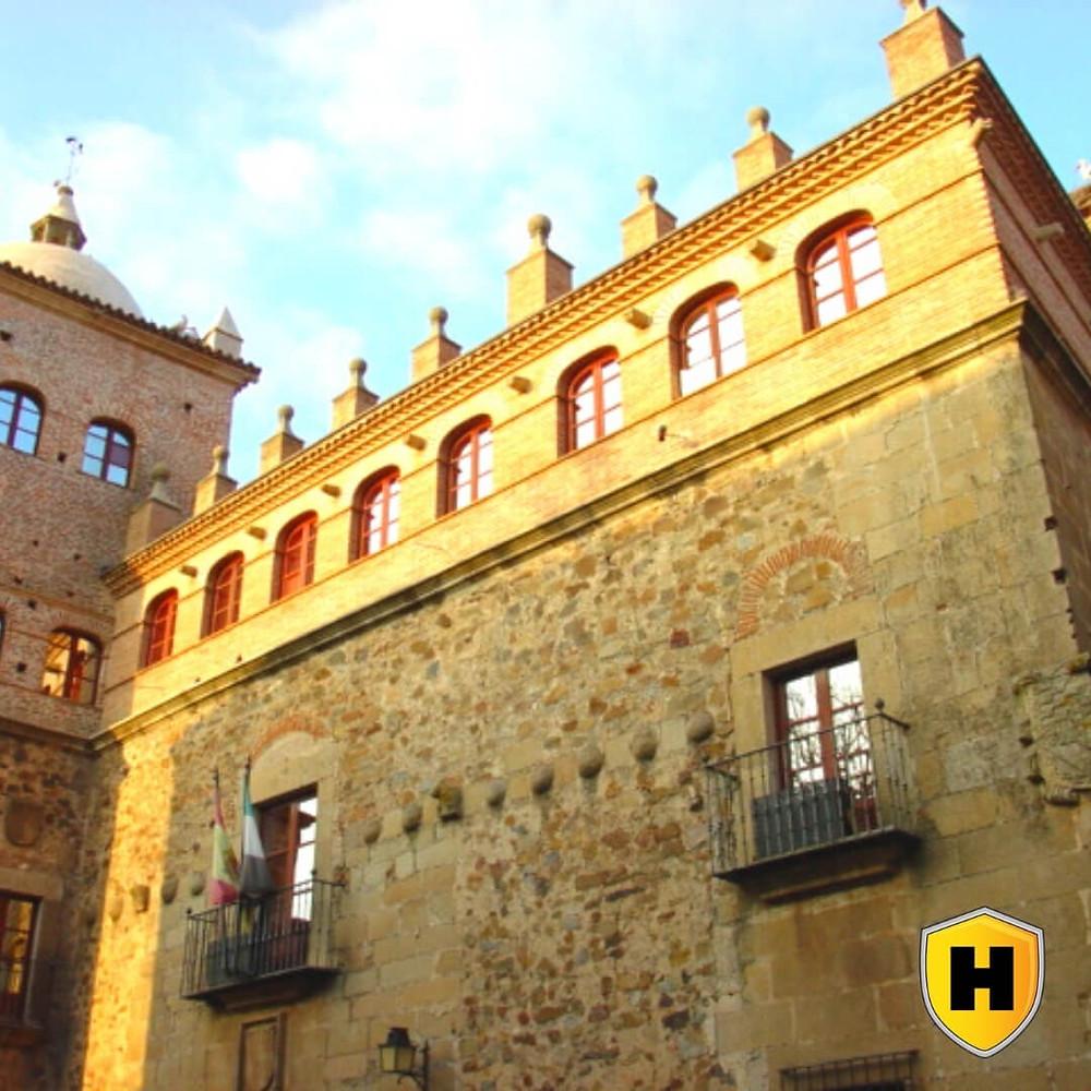 Turismo Cáceres: Palacio de Moctezuma