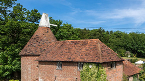 New Oast House at Fair Oak Farm - Your Country Retreat