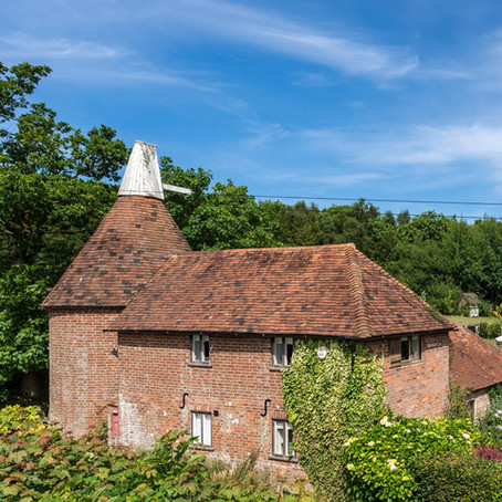 New Oast House at Fair Oak Farm - Your Country Retreat