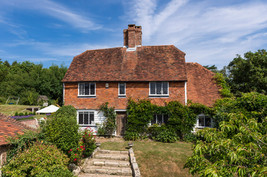 Farmhouse Cottage.jpg
