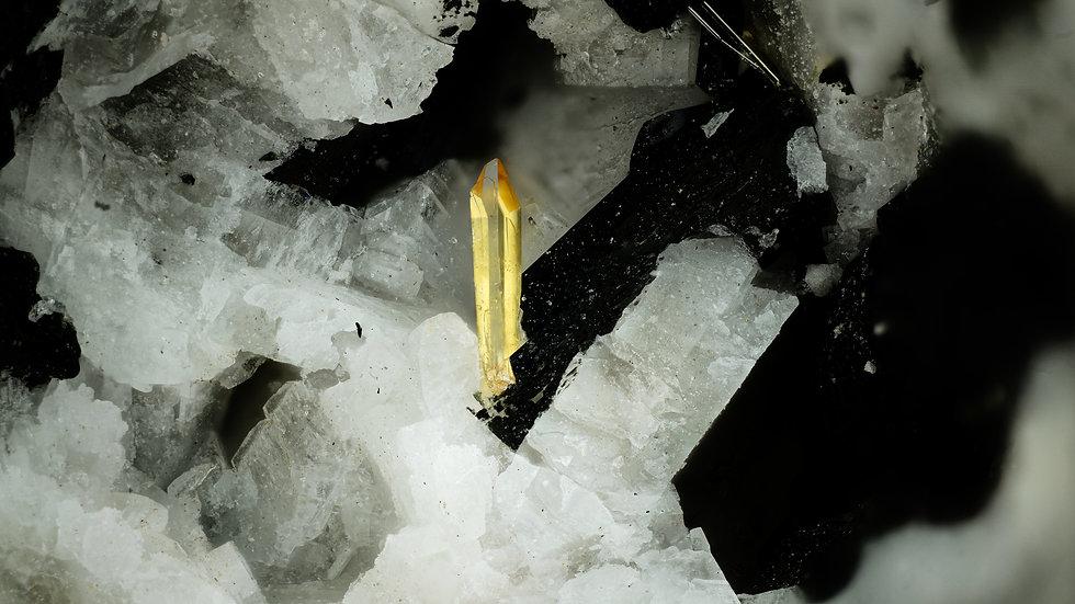 Titanite - Agua de Pau - Portugal