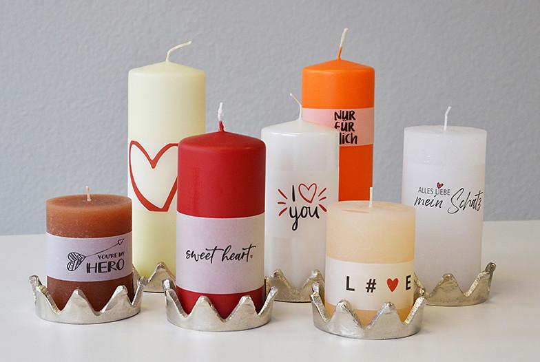 Kerzen mit Liebesbotschaften