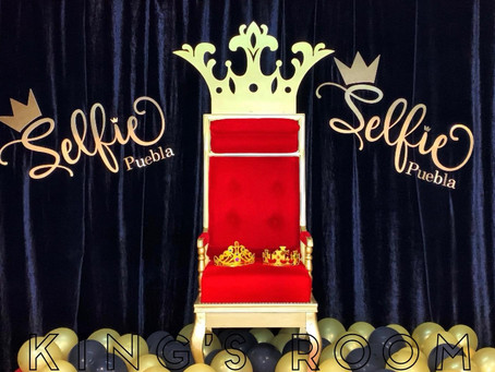 "Se inaugura ""Kings of The Selfie"" con divertidas cabinas temáticas."