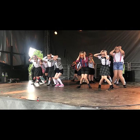 Well done to all that performed _ Arnold