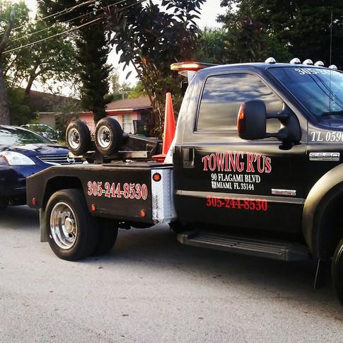 Gruas Miami - Towing R'Us