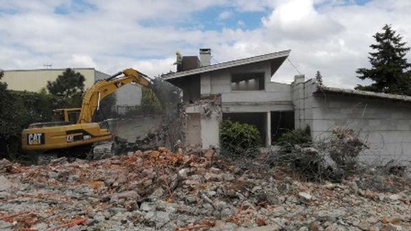 Demolicion de Casas, Demoliciones de Casas