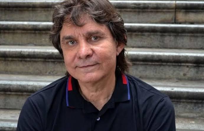 O músico mineiro faz o show de abertura da Semana Criativa de Tiradentes.