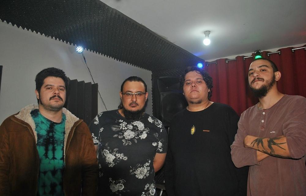 Banda Murdock lança novo single!