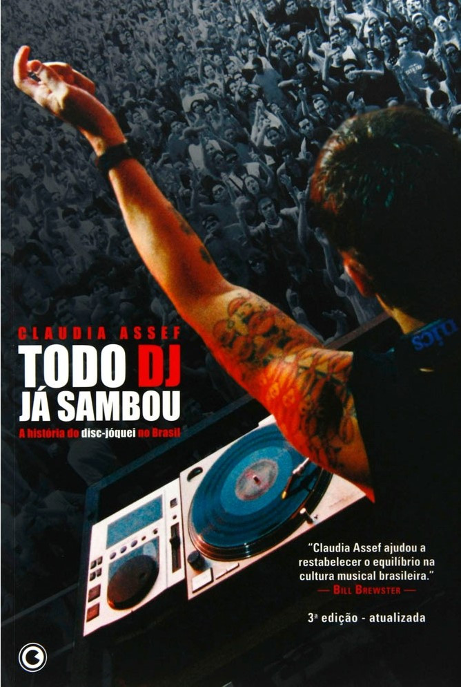 O livro de Claudia Assef é um documento fundamental na história da música eletrônica no Brasil.