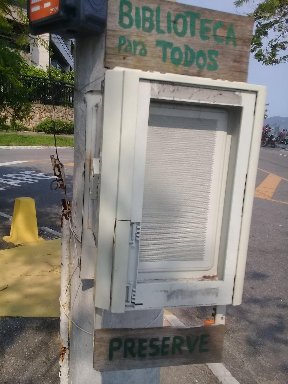 Biblioteca Para Todos, no bairro da Boa Viagem, em Niterói.