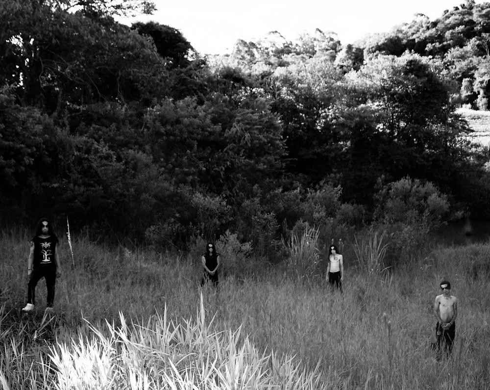 A banda carioca de Black/Death Metal Hereticae está em busca de parcerias com selos para o lançamento físico de seu álbum Ecos do Atlântico.