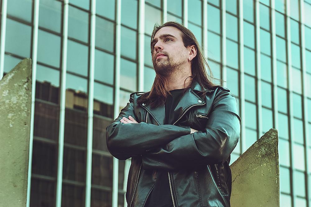 O cantor Marco D'Lacerda lança vídeo clipe!