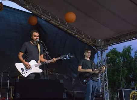 Notícias | Malabaristas de Semáforo com música nova!