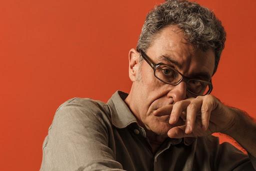 Maurício Pereira é atração do Banalive, logo mais!