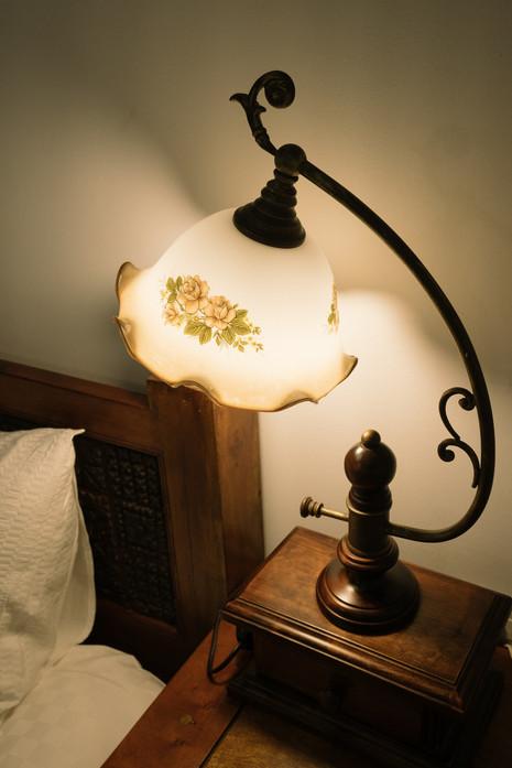 古董床頭燈