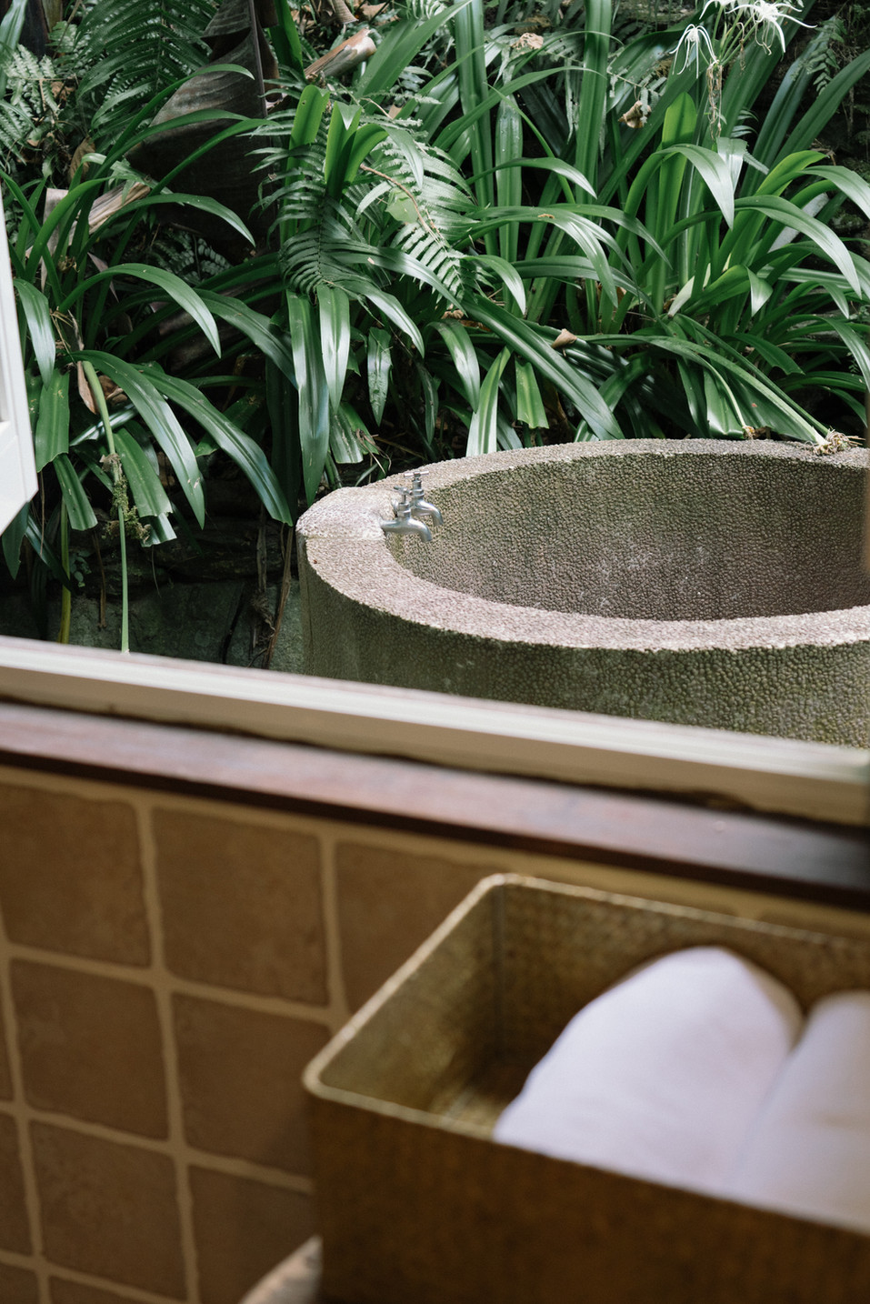 紅石戶外浴缸