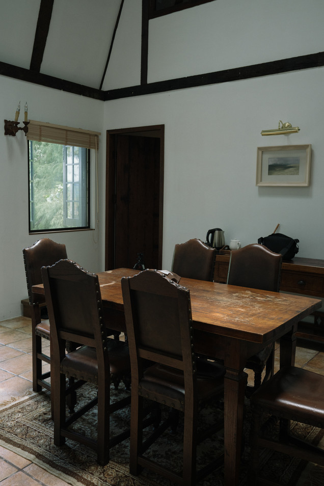青、紋石共用客廳