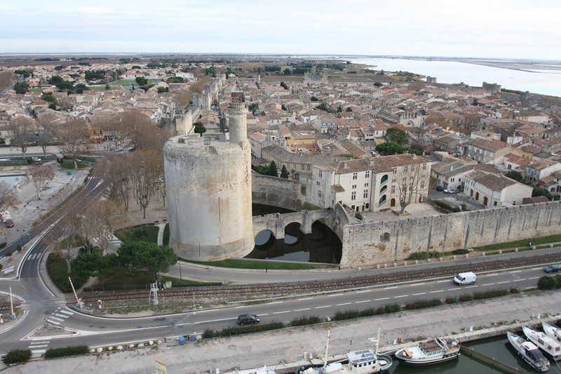Aigues_mortes,_tour_de_Constance  By Pau