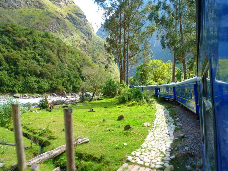 Train in the Urubamba Valley