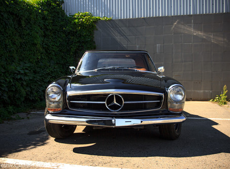 Перетяжка салона Mercedes-BenzSL(W113)1967г.в.: настоящий Retro.