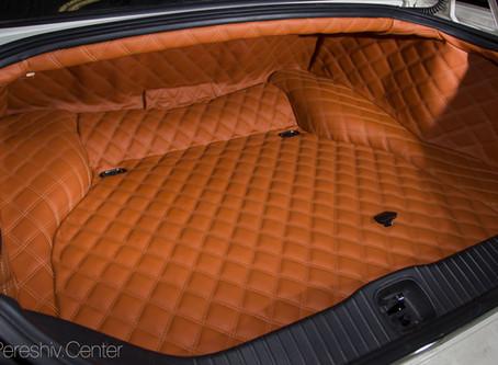 Перетяжка салона Jaguar Daimler Super Eight