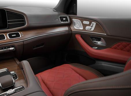 Mercedes GLE: притягательно-красный салон