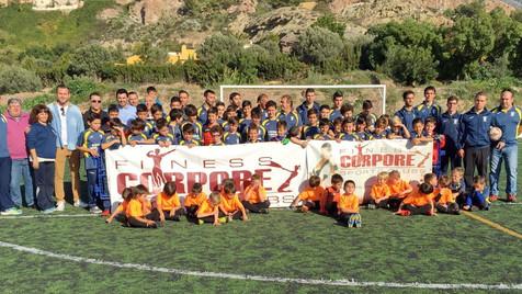 Casi 70 niños juegan esta temporada en el C.F.Unió Esportiva Finestrat