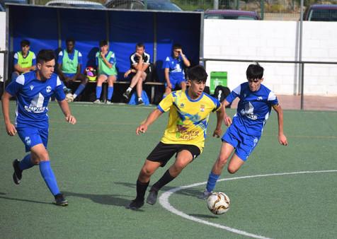 Galería de 71 fotografías del partido entre el Juvenil A del CF Benidorm y el Alfaz del Pi B