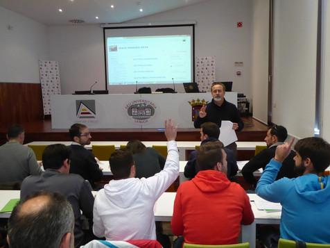 Los cursos de Entrenador de Fútbol y Fútbol Sala abren el plazo de inscripción