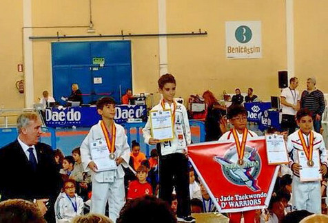 La crónica deportiva comienza con el título nacional de Krom Llorca en el campeonato de Taekwondo