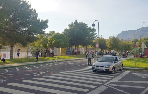 El PSOE denuncia la falta de personal municipal en la Ciudad Deportiva Guillermo Amor