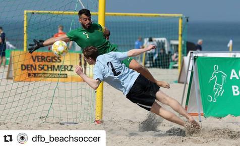 El deportista local José Carlos Caballero elegido mejor portero en la liga alemana de fútbol playa