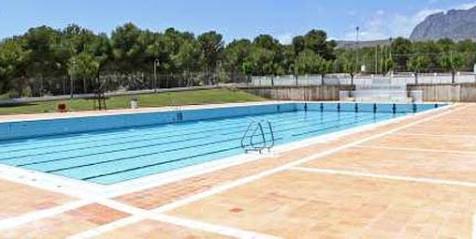 El Ayuntamiento programa para verano cursos de seis modalidades deportivas