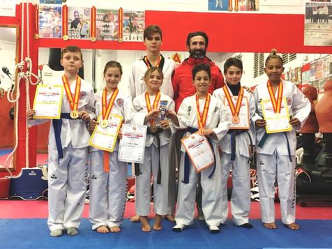 Cuatro deportistas del Club Taekwondo Finestrat se proclaman Campeones de España