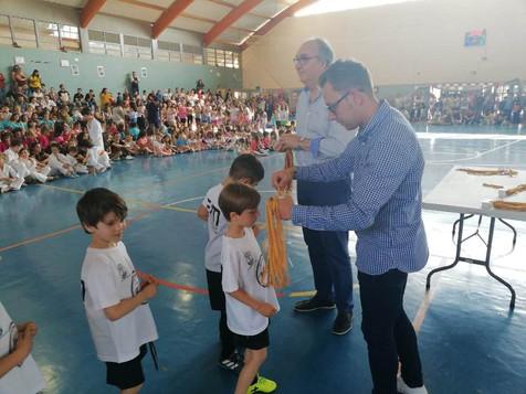 Más de 500 niños participan en la clausura de las escuelas municipales de deportes