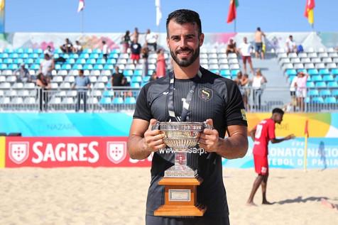 José Carlos Caballero Carrillo campeón de la liga portuguesa de fútbol playa con el club ACD O Sótao