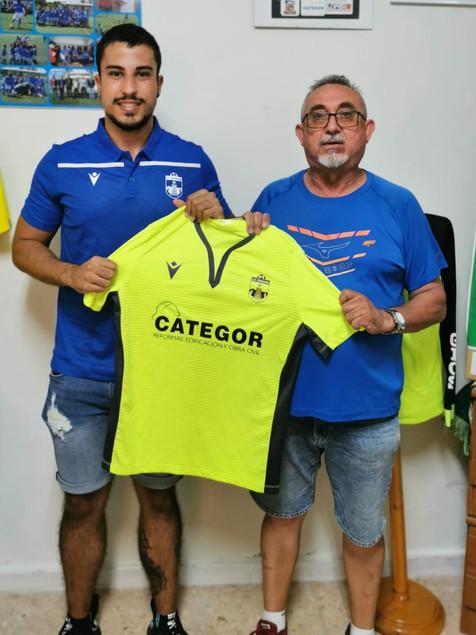 Dos renovaciones más en el filial del CF Benidorm