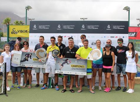 La dupla Roberto López y Álvaro Cuesta ganan la segunda prueba del Circuito de Pádel de la Fundación
