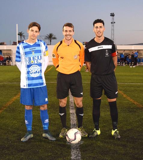 Auténtico derbi entre el Juvenil A del Ciudad y el Villajoyosa CF (incluye video resumen del partido