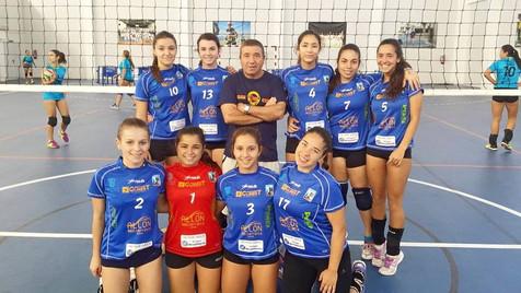 Las juveniles del Club Voleibol Finestrat seleccionadas por la federación entre los 24 mejores equip