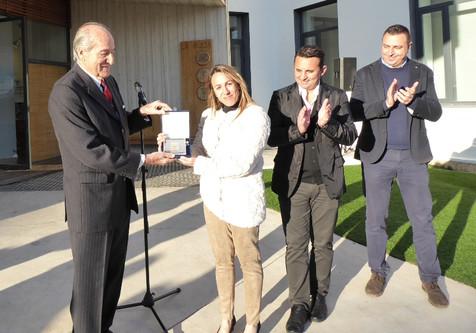 Eva Naranjo recibe la Insignia Olímpica del COE por su trayectoria deportiva